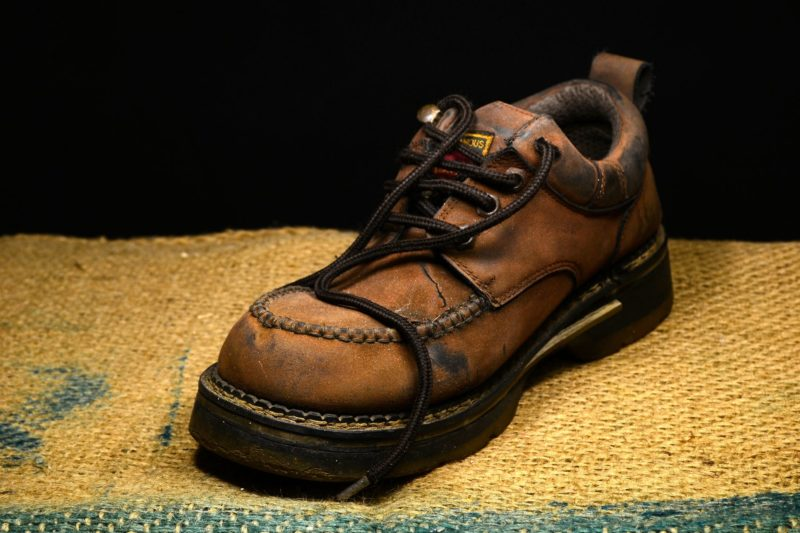 how to maintain shoes in good condition